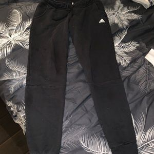 Adidas sweatpants joggers M